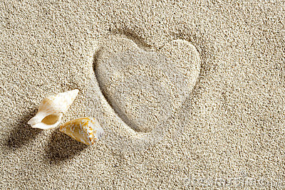 Beach white sand heart shape print summer vacation