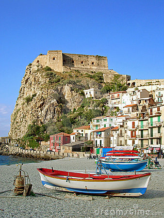 Free Beach With Fisherboats In Calabria, Italy Royalty Free Stock Photography - 7769887