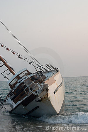 Free Beached Sailboat Shipwreck  II Royalty Free Stock Photo - 2402495