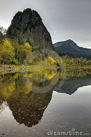 Beacon Rock Reflection