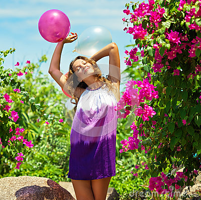 Free Beatiful Happy Young Woman Outdoor. Royalty Free Stock Image - 41618306