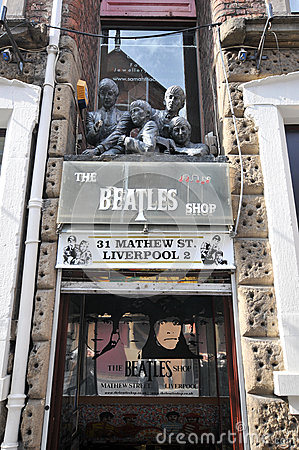 Beatles shopping in liverpool mathew street Editorial Photography