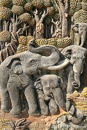 Beautiful art sculpture of elephants and nature