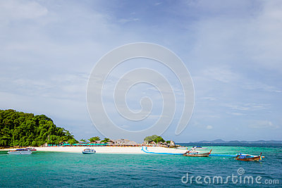 Beautiful beach at Koh Kai Nai island