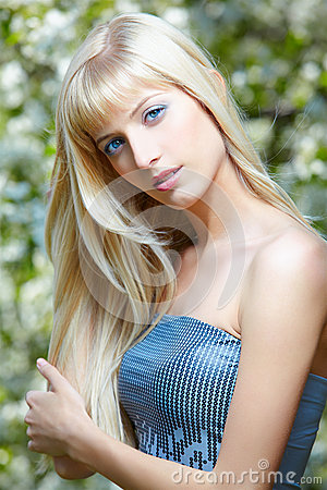 Free Beautiful Blonde Royalty Free Stock Images - 38394439