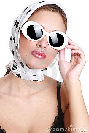 Free Beautiful Brunette In Sunglasses Royalty Free Stock Photos - 14227868