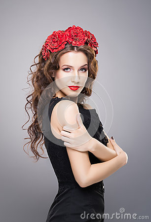 Free Beautiful Brunette With A Bright Red Lipstick Wearing A Flower Headband Stock Photo - 66254110