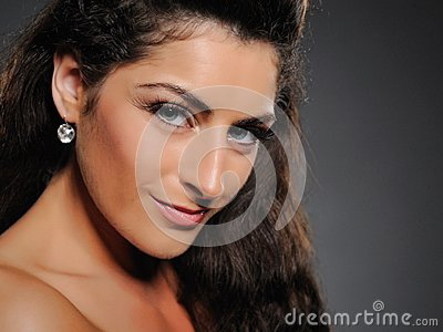 Beautiful brunette woman with natural make-up