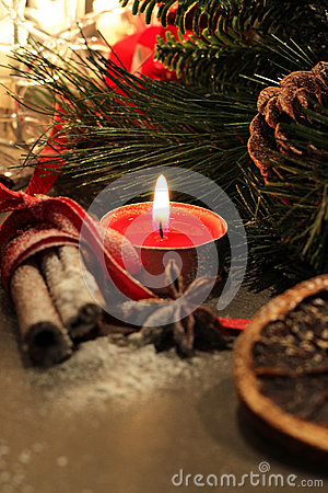 Free Beautiful Christmas Wreath With Candles Stock Photos - 46767553