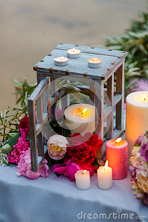 Free Beautiful, Delicate Bridal Bouquet Among Decoration With Candles And Fresh Flowers Stock Images - 72953144
