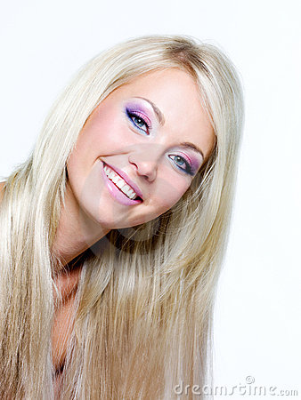 Free Beautiful Face Of Blond Smiling Woman Royalty Free Stock Photography - 15263447