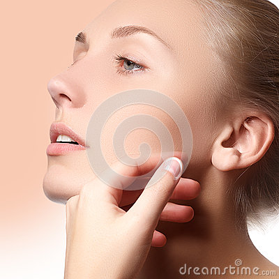 Free Beautiful Face Of Young Adult Woman With Clean Fresh Skin - . Beautiful Girl With Beautiful Makeup, Youth And Skin Care Stock Photo - 62548320