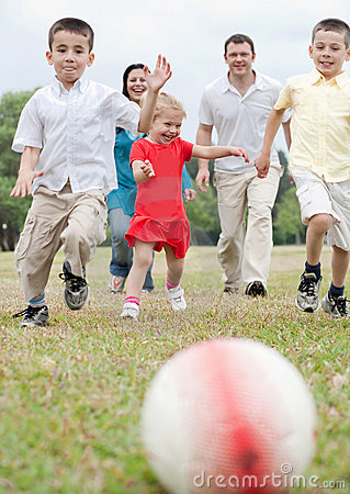Free Beautiful Family Of Five On Outdoors Running Royalty Free Stock Photo - 14726095