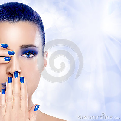 Free Beautiful Girl In Blue With Hands On Her Face. Nail Art And Make Stock Image - 44954871
