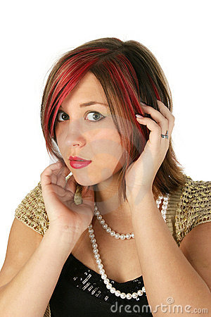 Free Beautiful Girl Wearing Pearls Royalty Free Stock Photo - 473785