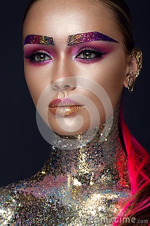 Free Beautiful Girl With Creative Glitter Makeup, Sparkles, Unusual Eyebrows. Beauty Is An Art Face. Royalty Free Stock Photos - 104905648