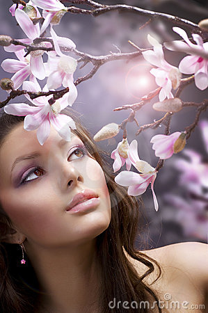 Free Beautiful Girl With Flowers Stock Images - 17901754