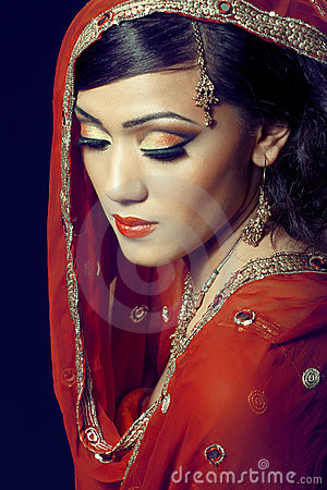 Free Beautiful Indian Girl With Bridal Makeup Royalty Free Stock Photo - 20380535