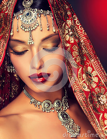 Free Beautiful Indian Women Portrait With Jewelry. Stock Photography - 59315552