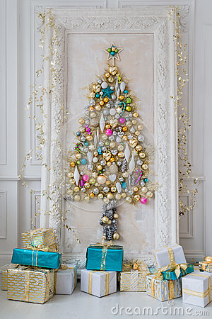 Free Beautiful Interior Living Room Decorated For Christmas. Big Mirror Frame With A Tree Made Of Balls And Toys Royalty Free Stock Photo - 80072865