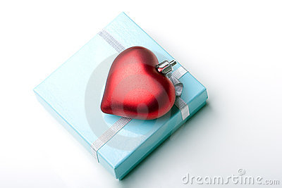 Beautiful jewelry gift box valentine day heart