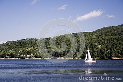 Beautiful lake ideal for sailing