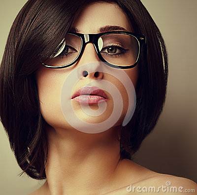 Free Beautiful Makeup Fashion Girl In Modern Glasses Looking Stock Photos - 41215853
