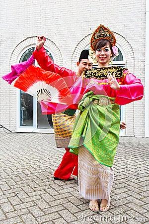 Free Beautiful Malaysian Dancing Girl Royalty Free Stock Image - 79549036
