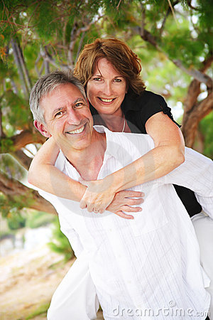 Free Beautiful Mature Couple In Love Royalty Free Stock Image - 9928516