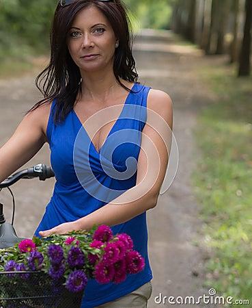 Free Beautiful Mature Woman Royalty Free Stock Image - 66936426