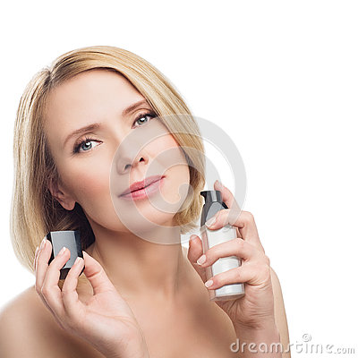 Free Beautiful Middle Aged Woman With Face Serum Royalty Free Stock Image - 73806896