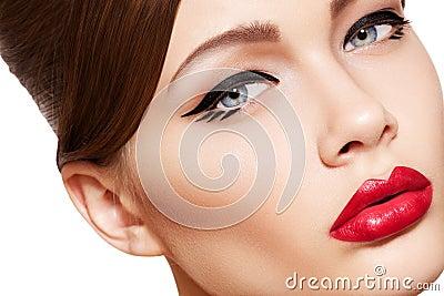 Beautiful model face, glamour make-up & sexy lips