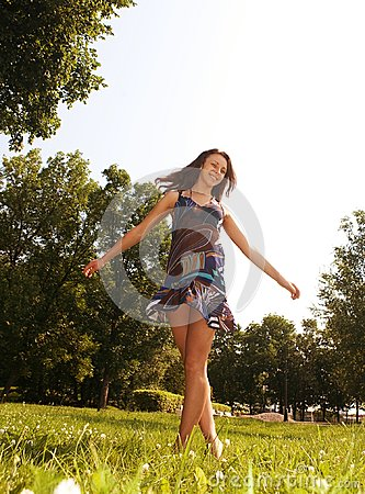 Free Beautiful Model In The Park Royalty Free Stock Photo - 121758425