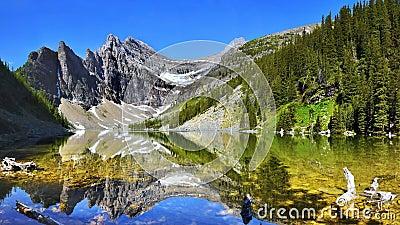 Canada Banff National Park, Agnes Lake, Panorama