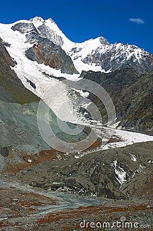 Free Beautiful Mountains. Stock Photos - 598223
