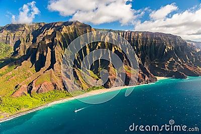 Beautiful Na Pali coastline in Hawaii