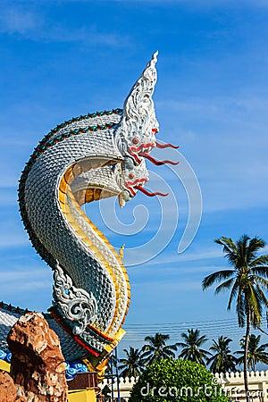 Free Beautiful Naga Sculpture In Thai Temple Royalty Free Stock Image - 41908516