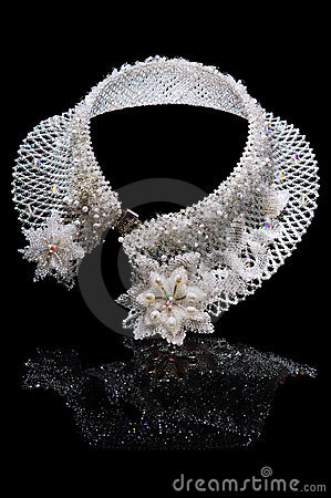 Free Beautiful Necklace From White Beads Stock Photography - 18273072