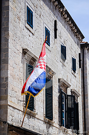 Free Beautiful Old House With The Croatian Flag On The Main Walking Street In The Old Town Of Dubrovnik Royalty Free Stock Photo - 47174245