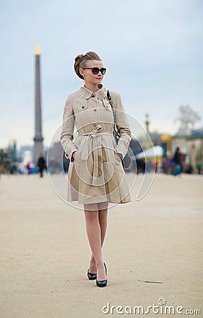 Free Beautiful Parisian Woman With Egyptian Obelisk Royalty Free Stock Photography - 29851297