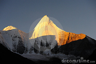 Beautiful peak Kamiyama Yangmaiyong