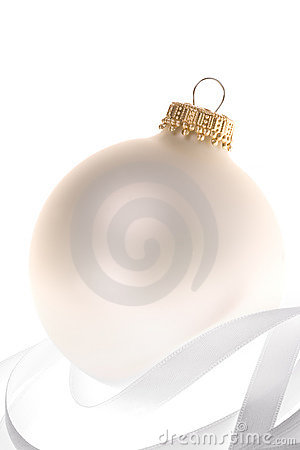 Beautiful Pearl Christmas ornament