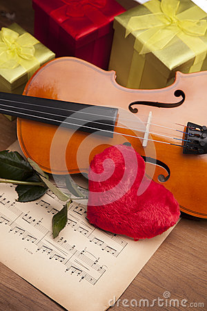 Beautiful rose, heart and violin!