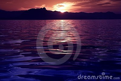 Beautiful seascape ocean sunset reflexion