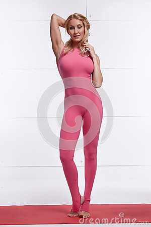 Free Beautiful Sexy Blonde Perfect Athletic Slim Figure Engaged In Yoga, Exercise Or Fitness, Lead A Healthy Lifestyle, And Eats R Royalty Free Stock Photos - 42725698