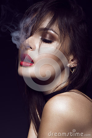 Free Beautiful Sexy Brunette Girl With Bright Makeup, Red Lips, Smoke From Mouth. Beauty Face. Stock Photos - 74912883