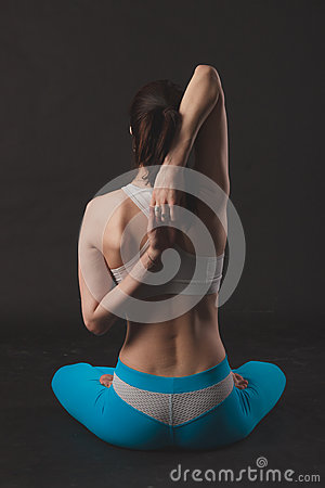 Free Beautiful Sporty Yogi Girl Practices Yoga Asana Royalty Free Stock Images - 70270649