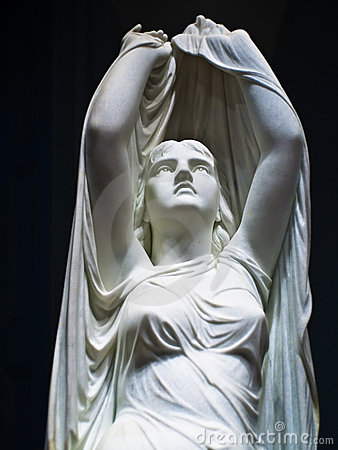 Free Beautiful Statue Of An Angelic Woman Royalty Free Stock Photos - 10886488