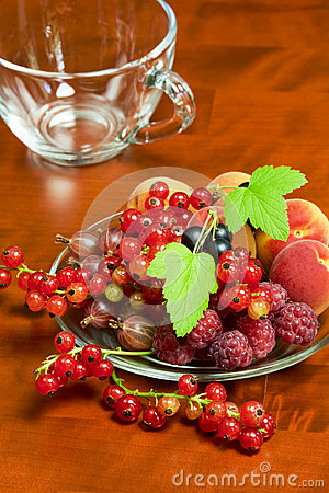 Free Beautiful Summer Berries Stock Images - 31918494