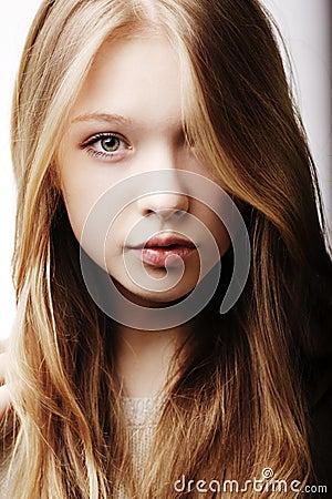 Free Beautiful Teen Girl Portrait Stock Photo - 31204350